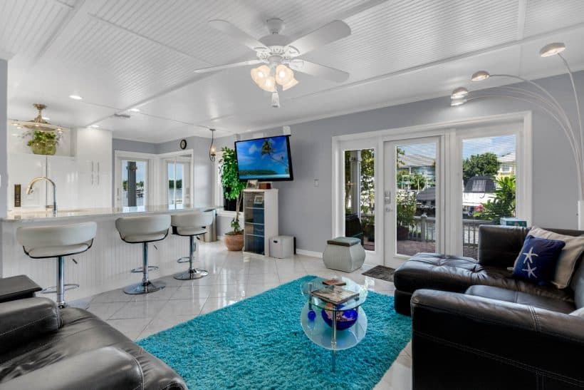 Waterfront Condo St. Pete 299K